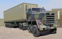 M915 Tractor + M872 Flatbed Trailer + 40ft Cont.